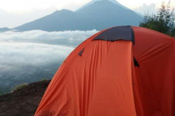 sunset-and-sunrise-camping-at-mount-batur-4