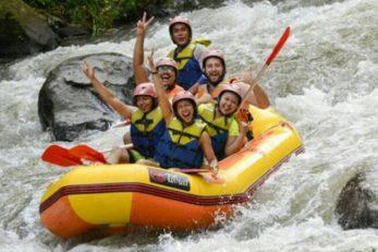 white-water-rafting-adventure-at-ayung-river-ubud-bali-3