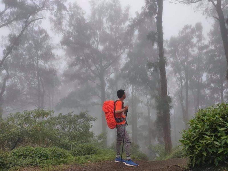 Paket Trekking Gunung Abang